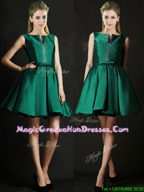 Classical A Line Green Short Graduation Dress with Beading and Belt