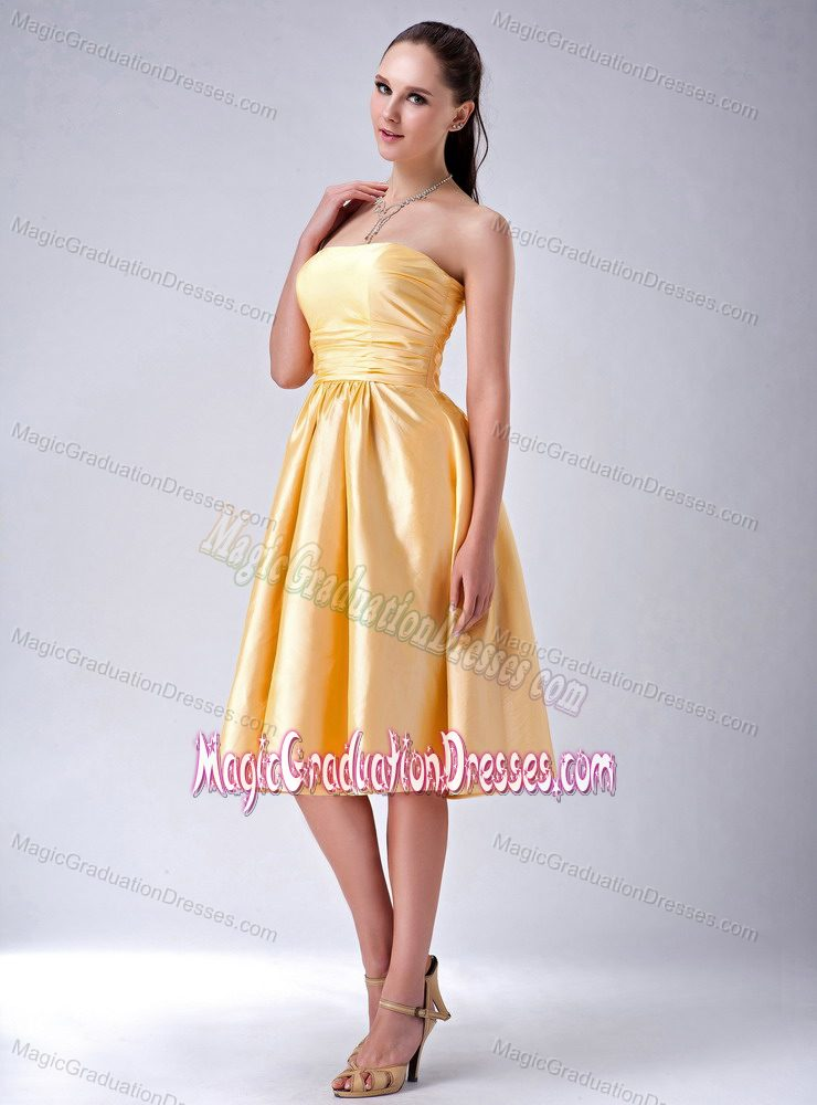 Gold Column Strapless Knee-Length 8th Grade Graduation Dress with Big Bowknot