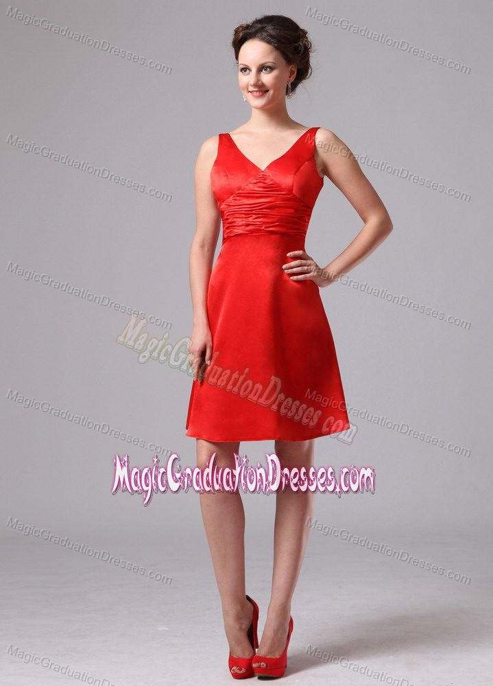 Modest Red V-neck Knee-length Graduation Dress for Middle School with Ruches