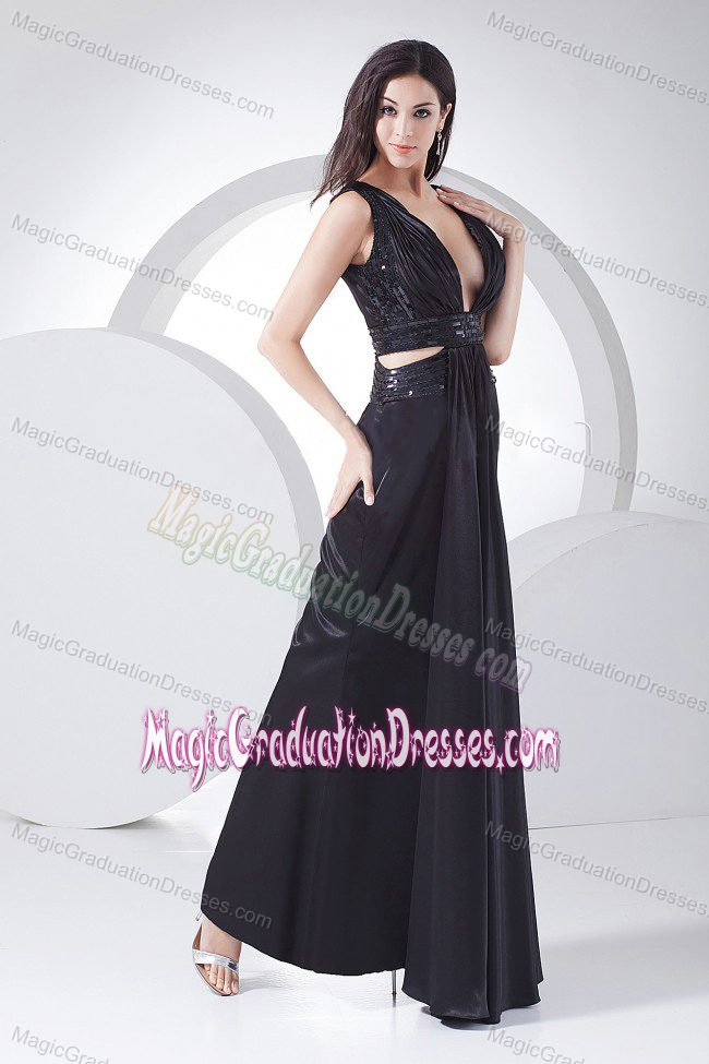 Sexy Black V-neck Floor-length - 82.1KB
