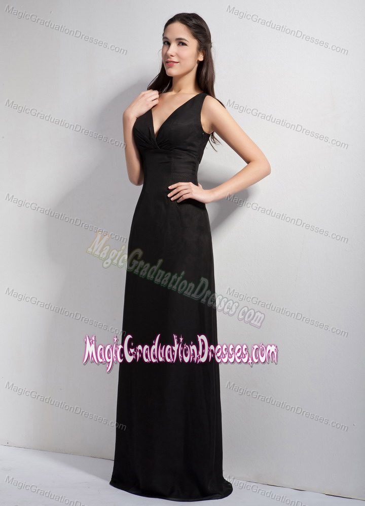 Sexy Black V-neck Floor-length School Anniversary Party Dress with Lace