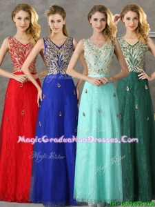 2016 Fashionable V Neck Long Graduation Dress with Appliques and Beading