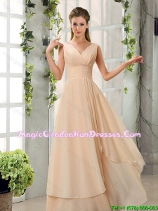 2016 New Style Ruching V Neck Chiffon Graduation Dresses in Champagne