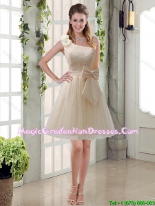 2015 Princess One Shoulder Bowknot Lace Graduation Dresses in Champagne