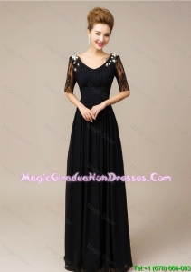 Gorgeous Half Sleeves Laced Black Graduation Dresses with V Neck