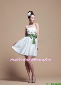 2016 Comfortable Strapless Short Graduation Dresses with Ribbons and Paillette