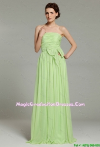 2016 Discount Apple Green Brush Train Graduation Dresses in Bowknot and Ruching