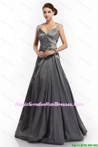 2016 Latest A Line Straps Appliques Graduation Dresses with Brush Train