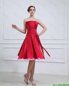 New Style Strapless Short Graduation Gowns with Knee Length