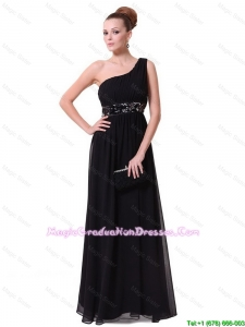 Pretty One Shoulder Sequined Graduation Dresses in Black