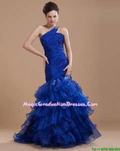 Pretty One Shoulder Ruffled Layers Graduation Gowns with Mermaid
