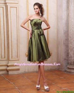 Popular Strapless Short Party Dresses with Hand Made Flowers