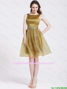 Beautiful Short Graduation Dresses with Beading and Belt