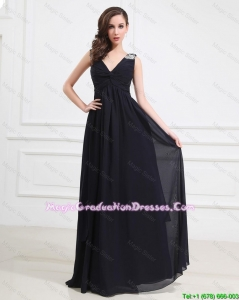 Simple Brush Train V Neck Beaded Graduation Dresses in Black