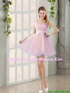 Perfect V Neck Strapless Short Graduation Dresses with Bowknot