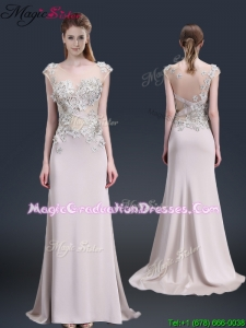 2016 Luxurious Brush Train Cap Sleeves Graduation Dresses with Appliques