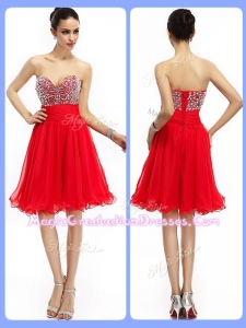 Lovely Short Sweetheart Beading Graduation Dresses in Red
