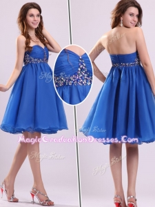 Classical Short Sweetheart Beading Graduation Dress in Blue
