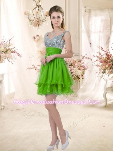 Latest Straps Short Romantic Graduation Dresses with Sequins for Fall