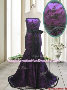 Hot Sale Laced and Bowknot Strapless Black and Purple Graduation Dress with Brush Train