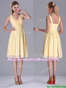 Empire Light Yellow V Neck Knee Length Short Graduation Dress with Ruching