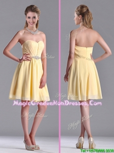 Modest Empire Chiffon Yellow Short Graduation Dress with Beading