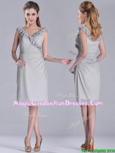 Modest V Neck Grey Chiffon Short Graduation Dress with Side Zipper