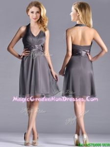 Romantic Chiffon Halter Top Knee Length Graduation Dress in Grey