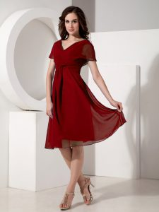 Knee Length Zipper Graduation Dresses Red for Prom and Party with Ruching
