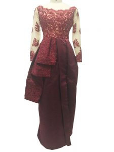 Burgundy Graduation Dresses Prom and Party and Military Ball and Beach with Lace and Appliques Scalloped Long Sleeves Zipper