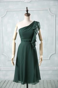 Exceptional Peacock Green Sleeveless Ruching Knee Length Graduation Dresses