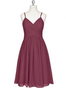 Discount Burgundy Spaghetti Straps Zipper Pleated Graduation Dresses Sleeveless