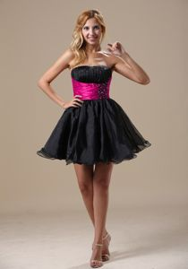 Black Mini-Length Strapless Ruched Beaded Graduation Dress with Fuchsia Belt