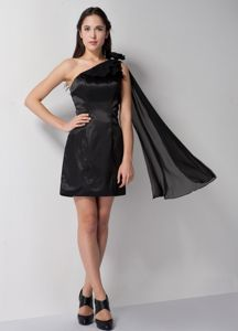 Mini-Length One-Shoulder Black 8th Grade Graduation Dress with Hand-Made Flower