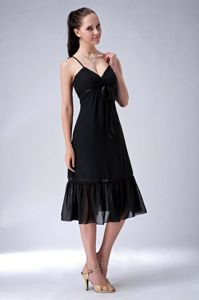 Black Tea-Length Spaghetti Straps Graduation Dress for Grade 8 with Slender Belt