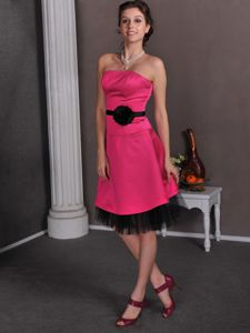 Hot Pink Column Strapless Knee-Length Graduation Dress with Black Belt and Flower