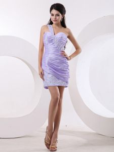 One-Shoulder Mini-Length Lavender Ruched Beaded Graduation Dress with Appliques