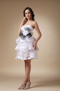 Hand Made Flower White Strapless and Organza School Spring Party Dress form Alaska