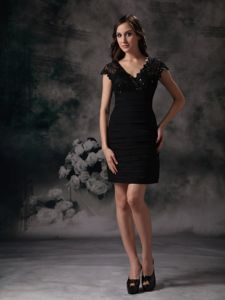 Column New Black School Summer Party Dress Sain Beading and Lace form Montpelier