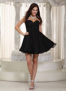Black Sweetheart Chiffon Junior Graduation Dresses with Beading in Elgin