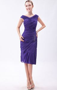 V-neck Chiffon Beaded Knee-length Cute Graduation Dresses in Purple
