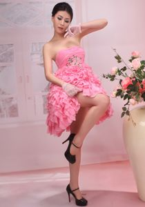Beaded Ruched Cheap Graduation Dresses with Ruffles in Pink in Smyrna