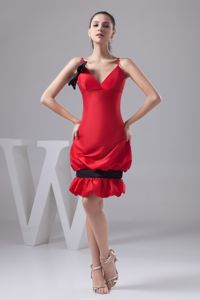 Red Mini-length Graduation Dress with Pick-ups and Bowknot in Bradenton