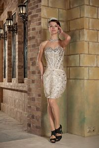 Champagne Sweetheart Short Sexy Graduation Dresses with Sequins in Vail