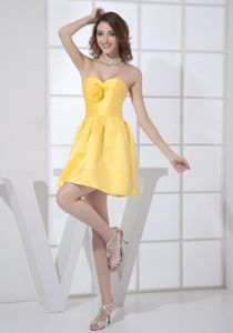 Hand Flowery Sweetheart Yellow College Graduation Dresses in Beaverton