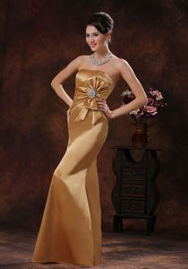 Champagne Strapless Beaded and Bow Decorate Graduation Dress in Anstruther