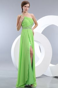Light Green One Shoulder Brush Train Beads College Graduation Dresses in Markinch