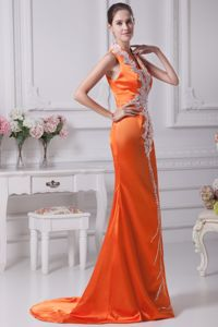 Orange Red V-neck Brush Train Middle School Graduation Dresses with Appliques