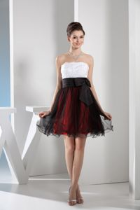 Appliqued Strapless Mini-length Graduation Dress for Middle School in Multi-color