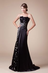 Beaded Strapless Brush Train College Graduation Dresses in Black in Sioux Center